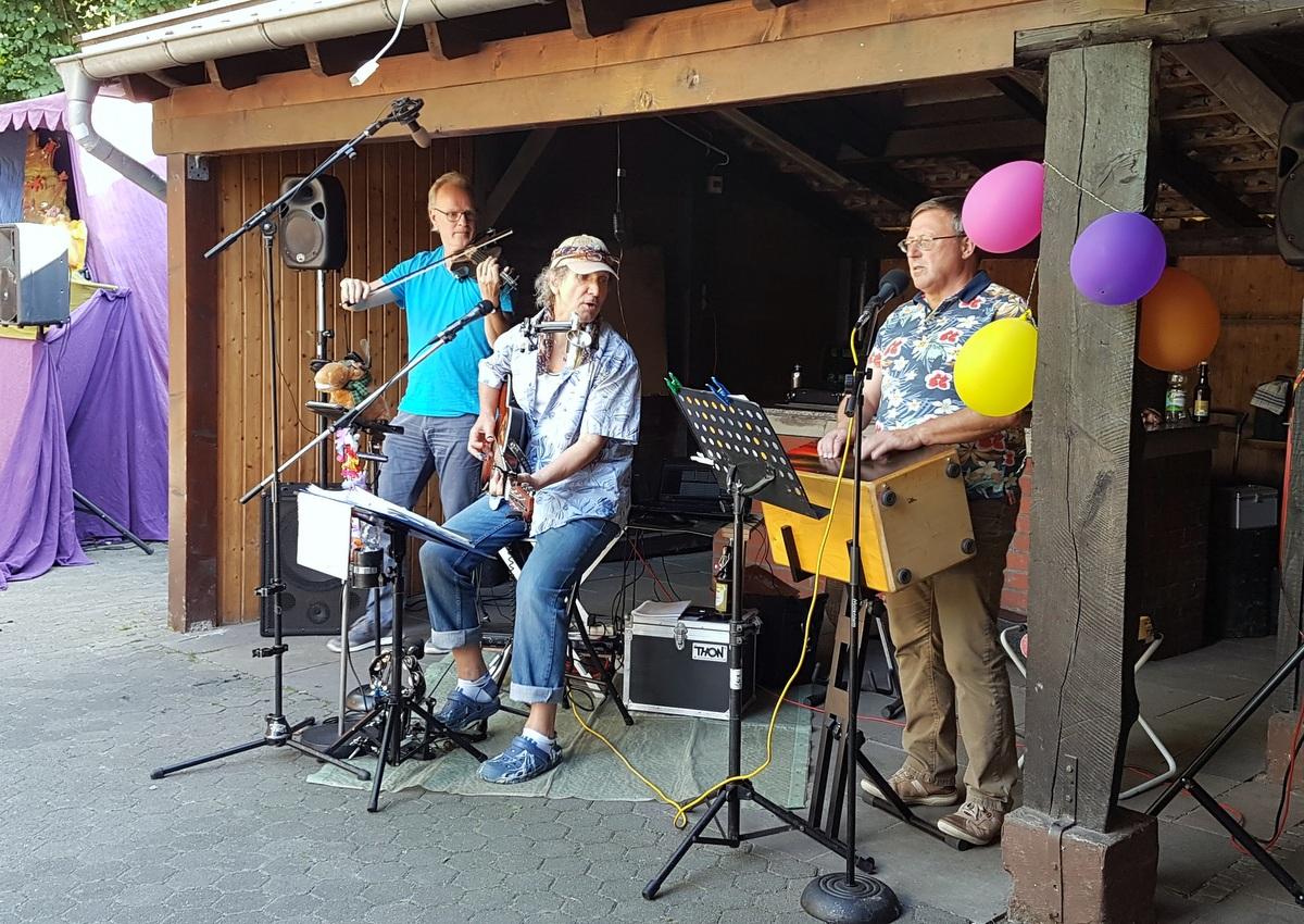 D.D. Taube und Band